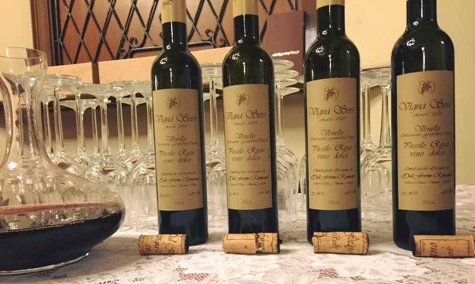 Servizio FISAR con i vini di Romano Dal Forno